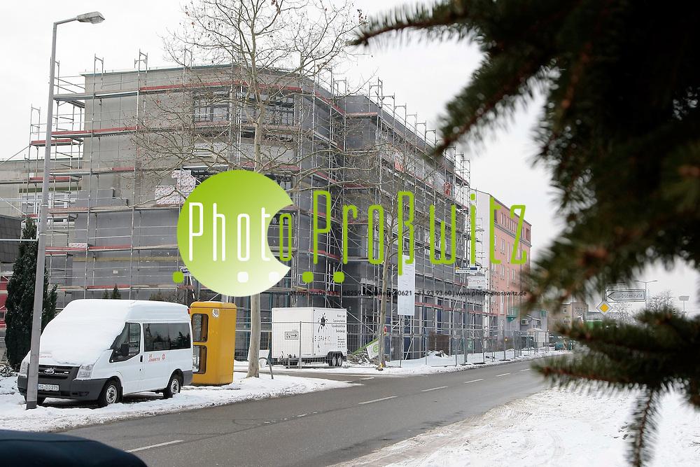 Mannheim. Friedrichsfeld. Neubau des Rettungszentrums f&cedil;r Feuerwehr, THW und Rettungsdienste. <br /> <br /> Bild: Markus Proflwitz / masterpress /   *** Local Caption *** masterpress Mannheim - Pressefotoagentur<br /> Markus Proflwitz<br /> Hauptstrafle 131<br /> 68259 MANNHEIM<br /> +49 621 33 93 93 60<br /> info@masterpress.org<br /> Dresdner Bank<br /> BLZ 67080050 / KTO 0650687000<br /> DE221362249
