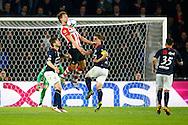 09-04-2016 VOETBAL:PSV:WILLEM II:EINDHOVEN<br /> Luuk de Jong van PSV in duel met Jordens Peters van Willem II en Dries Wuytens van Willem II <br /> Foto: Geert van Erven