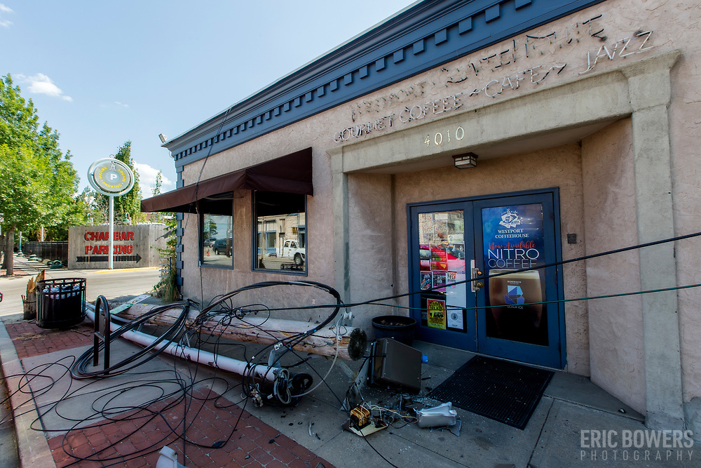 Excellent drivers of Kansas City; downed utility pole in front of Westport Coffee House.