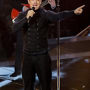 NLD/Hilversum/20121109 - The Voice of Holland 2012 1e liveshow, optreden Robbie Williams