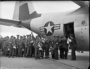 Irish Troop of Curragh Headquarter Staff loading aboard a Lockheed Hercules Troop Carrier in a U.N. Airlift to the Congo from Baldonnel Aerodrome..27.07.1960