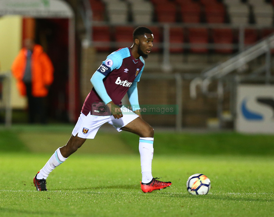October 4, 2017 - Dagenham, England, United Kingdom - Moses Makasi of West Ham United Under 23s.during Premier League International Cup match between West Ham United Under 23s and Villarreal Under 23s at Dagenham and.Redbridge Football Club  Chigwell Construction Stadium, Dagenham,  England on 04 Oct 2017. (Credit Image: © Kieran Galvin/NurPhoto via ZUMA Press)