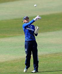 England's Sarah Taylor - Photo mandatory by-line: Harry Trump/JMP - Mobile: 07966 386802 - 21/07/15 - SPORT - CRICKET - Women's Ashes - Royal London ODI - England Women v Australia Women - The County Ground, Taunton, England.