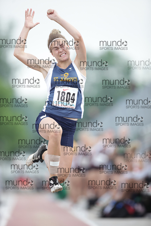 (London, Ontario}---04 June 2010) Laura VanBommel of St. Joseph's - St. Thomas competing in the junior girls long jump at the 2010 OFSAA Ontario High School Track and Field Championships. Photograph copyright Geoff Robins / Mundo Sport Images, 2010.