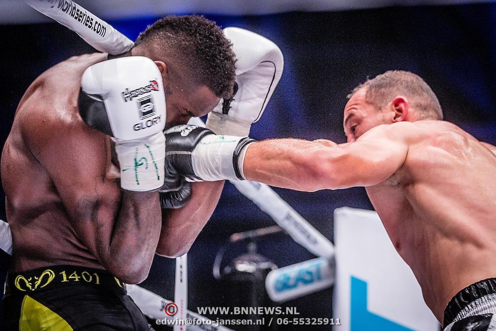 NLD/Amsterdam20160625 - Glory 31, Murthel Groenhart (zwart) vs Karim Benmansour