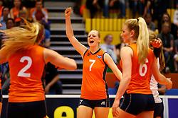 20140425 NED: Jong Oranje Vrouwen - Montenegro, Arnhem <br /> Daphne Knijff (7) The Netherlands<br /> ©2014-FotoHoogendoorn.nl / Pim Waslander