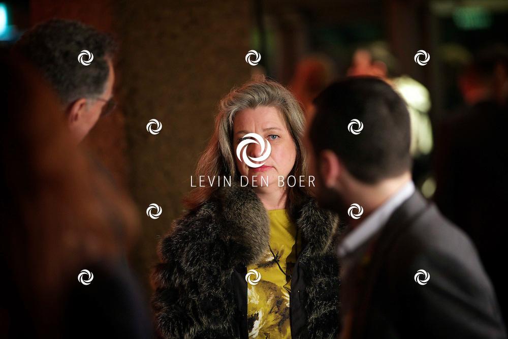 ROTTERDAM - In Theater De Goede Doelen is de 44ste International Film Festival Rotterdam geopend. Diversen genodigden en internationale sterren waren hierbij aanwezig. Met hier op de foto actrice Kerry Fox. FOTO LEVIN DEN BOER - PERSFOTO