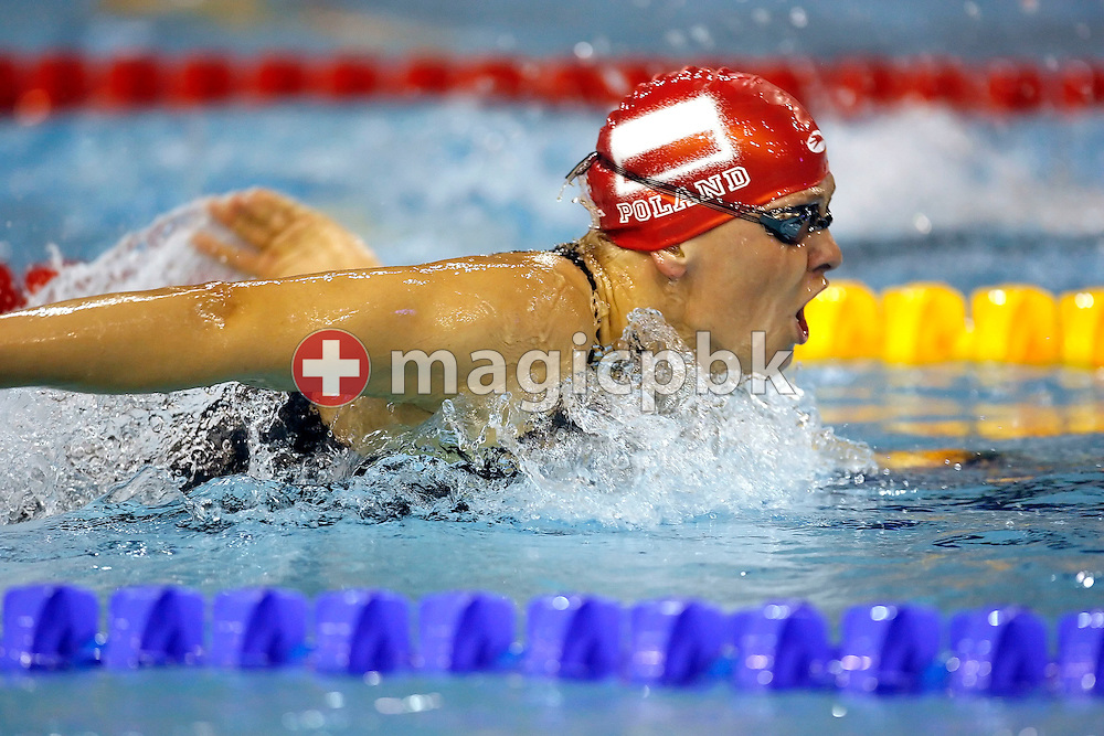 Otylia JEDRZEJCZAK of Poland on her way to win the gold medal in a new European record time of 2:04.94 in the women's 200m butterfly final on day one at the European Short-Course Swimming Championships at the Maekelaenrinne Swimming Centre in Helsinki, Finland, Thursday December 7, 2006. (Photo by Patrick B. Kraemer / MAGICPBK)