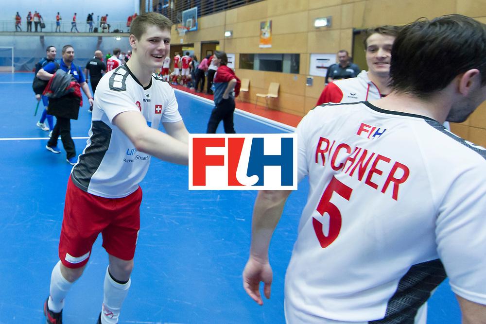 Hockey, Seizoen 2017-2018, 09-02-2018, Berlijn,  Max-Schmelling Halle, WK Zaalhockey 2018 MEN, Austria - Switzerland 2-2, Switzerland happy with reaching the quarterfinal after draw. Boris Stomps (SUI) and Roman Richner (SUI)