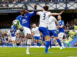 Romelu Lukaku of Everton and Ben Chilwell of Leicester City - Mandatory by-line: Matt McNulty/JMP - 09/04/2017 - FOOTBALL - Goodison Park - Liverpool, England - Everton v Leicester City - Premier League