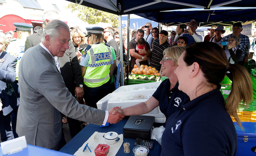 Prince Charles, Prince of Wales at a stall in the Nelson market during his public walkabout in Nelson, New Zealand, Saturday, November 07, 2015. Credit:SNPA / Reuters, Anthony Phelps **POOL**