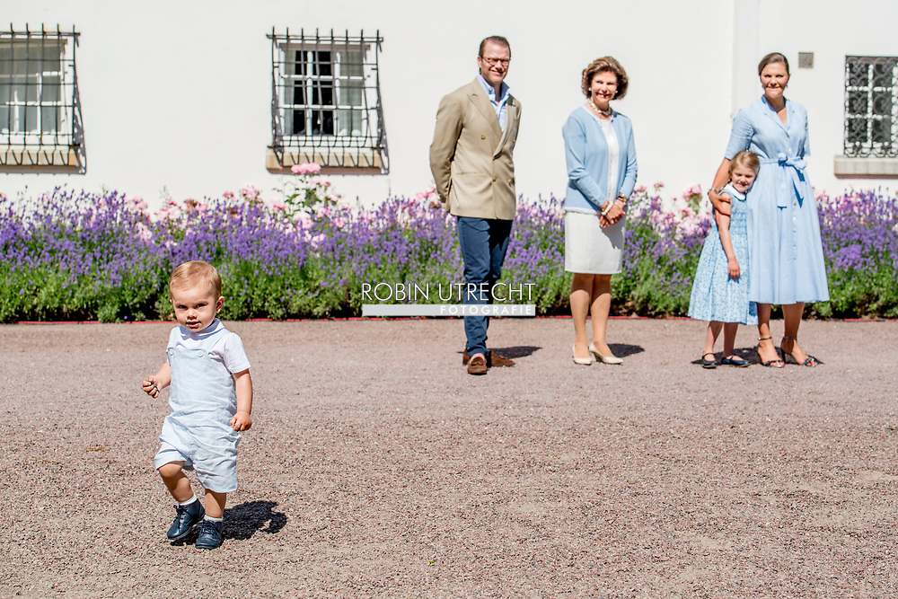 15-7-2017 - SOLLIDEN - The King Carl Gustaf  , The Queen Sofia  , The Crown Princess Victoria, Prince Daniel princess Estelle and Prince Oscar Crown Princess Victoria's birthday 40 celebrations of Crown Princess Victoria's 40th birthday, Borgholm, Sweden 15 July 2017. <br /> <br /> 15-7-2017 - SOLLIDEN - De Koning Carl Gustaf, De Koningin Sofia, De Kroonprinses Victoria, Prins Daniel Prinses Estelle en Prins Oscar Kronprinses Victoria's Verjaardag 40 Feestdagen van de 40ste Verjaardag van de Prinses Victoria Victoria, 15 juli 2017. copyright Robin utrecht zweden