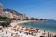 Les beaux jours arrivent sur la cote d'azur ici a Monaco<br /> The warm weather arrives on the Riviera, here in Monaco