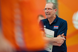 09-06-2019 NED: Golden League Netherlands - Spain, Koog aan de Zaan<br /> Fourth match poule B - The Dutch beat Spain again in five sets in the European Golden League / Coach Roberto Piazza of Netherlands