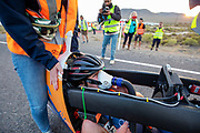 De Velox tijdens de avondruns op de tweede racedag. Het Human Power Team Delft en Amsterdam, dat bestaat uit studenten van de TU Delft en de VU Amsterdam, is in Amerika om tijdens de World Human Powered Speed Challenge in Nevada een poging te doen het wereldrecord snelfietsen voor vrouwen te verbreken met de VeloX 9, een gestroomlijnde ligfiets. Het record is met 121,81 km/h sinds 2010 in handen van de Francaise Barbara Buatois. De Canadees Todd Reichert is de snelste man met 144,17 km/h sinds 2016.<br /> <br /> With the VeloX 9, a special recumbent bike, the Human Power Team Delft and Amsterdam, consisting of students of the TU Delft and the VU Amsterdam, wants to set a new woman's world record cycling in September at the World Human Powered Speed Challenge in Nevada. The current speed record is 121,81 km/h, set in 2010 by Barbara Buatois. The fastest man is Todd Reichert with 144,17 km/h.