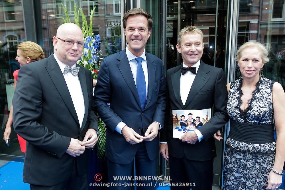 NLD/Amsterdam/20120923- Premiere musical De Jantjes, Ruud de Graaf, Mark Rutte, Hans Cornelissen