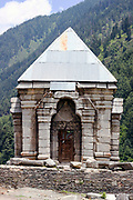 Ancient Hindu temple, Naranag village, Kashmir Valley, Northern India 2009-07-11.<br />