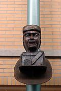 Nederland, Nijmegen, 27-3-2003..Gaper boven de ingang van een apotheek...Foto: Flip Franssen