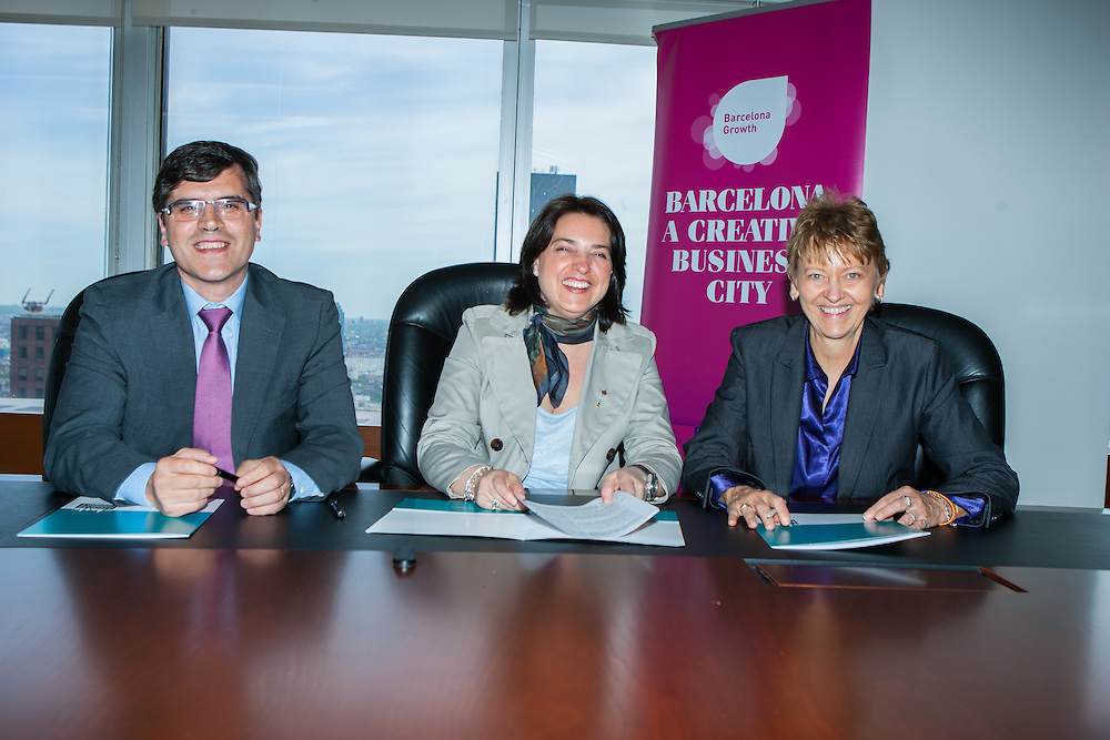 The Manhattan Chamber of Commerce and the Barcelona Chamber of Commerce as well as the City of Barcelona signed a Memorandum of Understanding today, agreeing to further economic ties between our chambers and cities.  Both chambers will work together to facilitate the connections of chamber businesses in each city and foster strategic partnerships as well as support businesses in their quest to set up offices in the two cities.