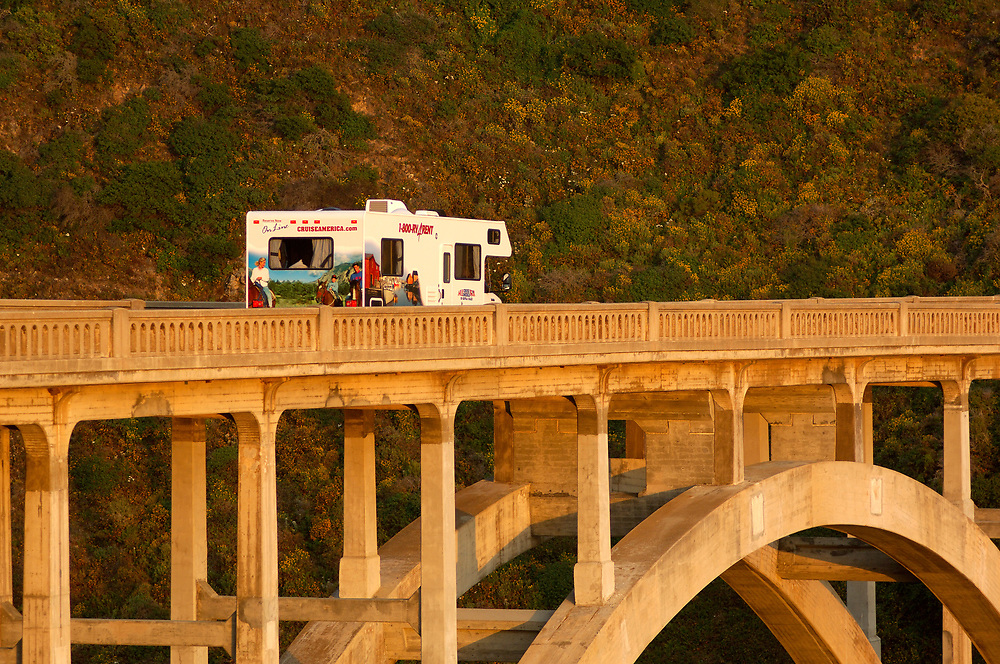 Motorhome on Bixby Bridge, Highway 1, Cabrillo Highway, Big Sur, California, United States of America