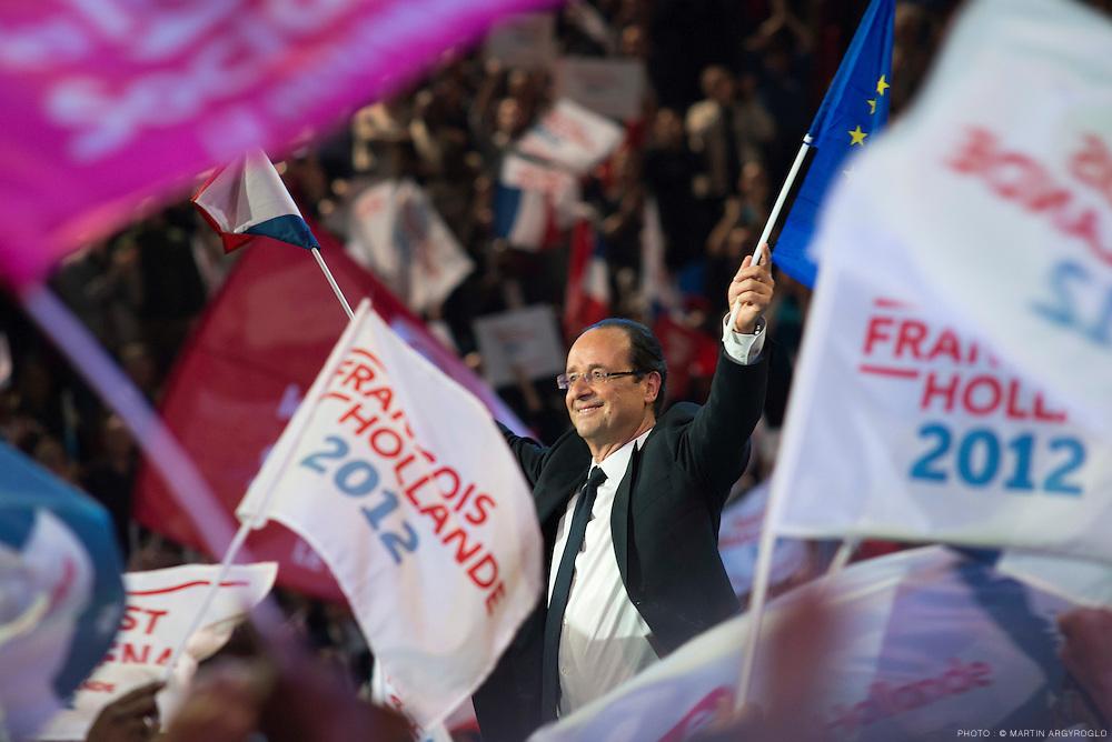 Meeting de François Hollande à Paris-Bercy dimanche le 29 avril 2012 - Grand rassemblement pour le changement.n