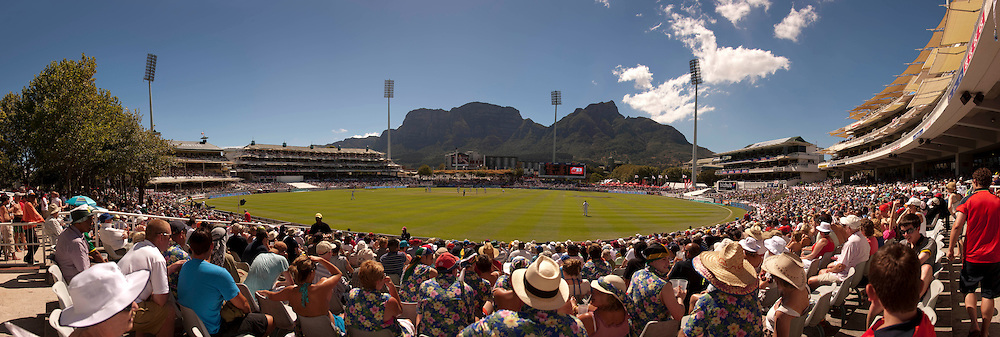 The third Test Match between South Africa and England at Newlands, Cape Town. Photograph © Graham Morris/cricketpix.com (Tel: +44 (0)20 8969 4192; Email: sales@cricketpix.com)