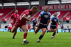 Guinness PRO14, Parc y Scarlets, Llanelli, UK 22/8/2020<br /> Scarlets v Cardiff Blues<br /> Johnny McNicholl of Scarlets scores a try<br /> Mandatory Credit ©INPHO/Ryan Hiscott