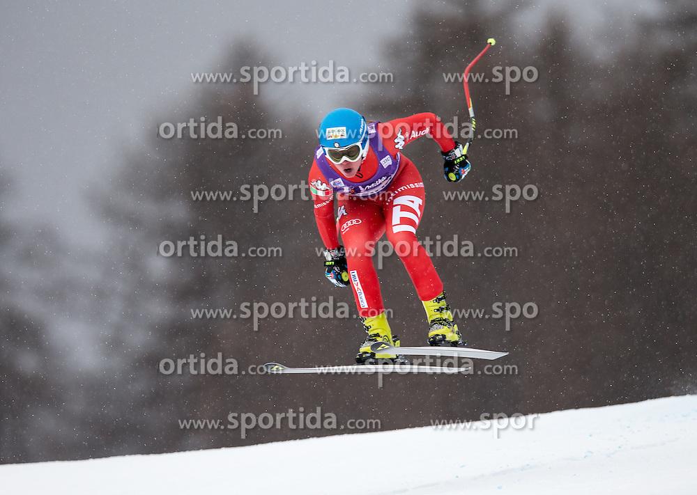 16.01.2015, Olympia delle Tofane, Cortina d Ampezzo, ITA, FIS Weltcup Ski Alpin, Abfahrt, Damen, im Bild Verena Stuffer (ITA) // Verena Stuffer of Italy in action during the ladies Downhill of the Cortina FIS Ski Alpine World Cup at the Olympia delle Tofane course in Cortina d Ampezzo, Italy on 2015/01/16. EXPA Pictures © 2015, PhotoCredit: EXPA/ Johann Groder