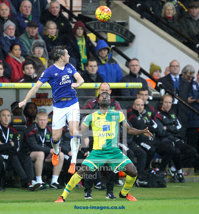 Leighton Baines of Everton and Alexander Tettey of Norwich in action during the Barclays Premier League match at Carrow Road, Norwich<br /> Picture by Paul Chesterton/Focus Images Ltd +44 7904 640267<br /> 12/12/2015