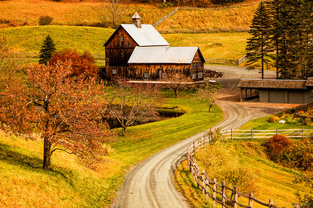 Sleepy Hollow farm surround by fall color in the afternoon sun. Cloudland Road, Pomfret, VT.