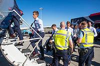 NOVI SAD - 17-08-2016, Vojvodina - AZ, Karadjordje Stadion, vertrek en aankomst, AZ speler Markus Henriksen
