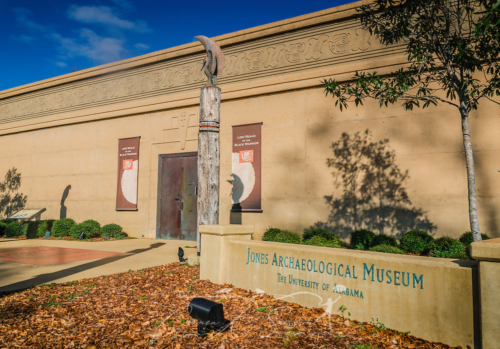 The Jones Archaeological Museum, located at Moundville Archaeological Park in Moundville, Alabama, features more than 200 artifacts, along with life-size dioramas, and interactive displays. The site was used by the Mississippian culture of Indians between 1000 A.D. and 1450 A.D. There are 26 earthen mounds at the park, the largest of which are believed to have been used for religious ceremonies, burials, and residences of influential tribe leaders. (Photo by Carmen K. Sisson/Cloudybright)