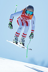 17.02.2018, Jeongseon Alpine Centre, Jeongseon, KOR, PyeongChang 2018, Ski Alpin, Damen, Super G, im Bild Anna Veith (AUT) // Anna Veith of Austria in action during ladie's SuperG of the Pyeongchang 2018 Winter Olympic Games at the Jeongseon Alpine Centre in Jeongseon, South Korea on 2018/02/17. EXPA Pictures © 2018, PhotoCredit: EXPA/ Johann Groder