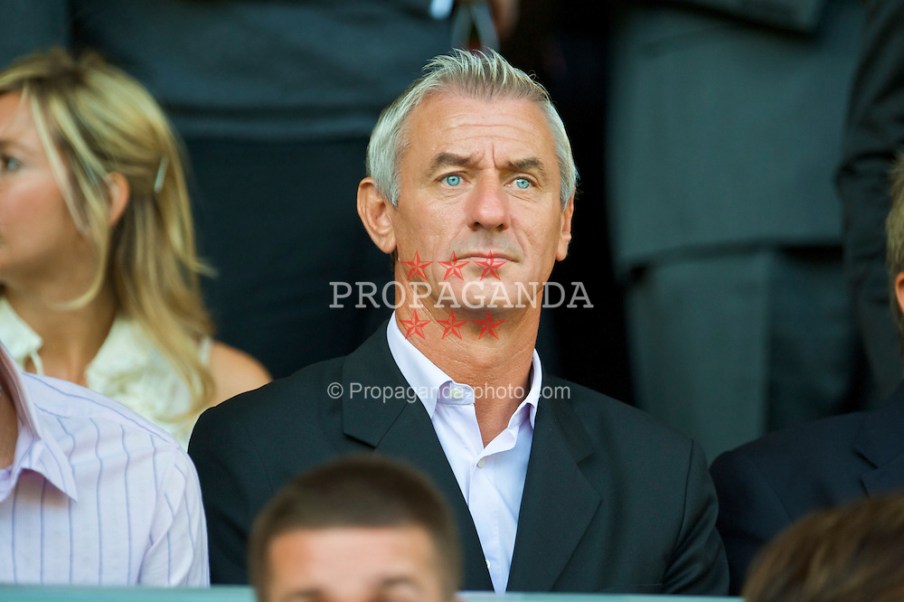 LIVERPOOL, ENGLAND - Saturday, September 12, 2009: Former Liverpool and Wales international Ian Rush during the Premiership match at Anfield. (Photo by David Rawcliffe/Propaganda)