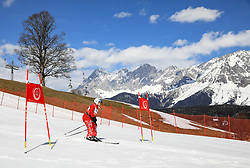 17.03.2017, Schladming, AUT, Special Olympics 2017, Wintergames, Ski Alpin, Einteilung Kategorie Novice, im Bild eine Athletin // during the Ski Alpine Assessment Novice at the Special Olympics World Winter Games Austria 2017 in Schladming Austria on 2017/03/17. EXPA Pictures © 2017, PhotoCredit: EXPA / Martin Huber