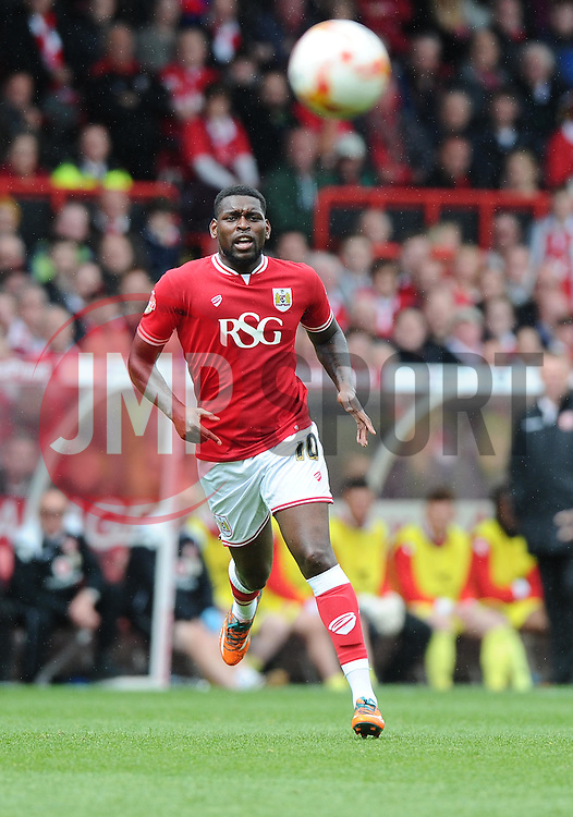Bristol City's Jay Emmanuel-Thomas plays the ball with the outside of his foot  - Photo mandatory by-line: Joe Meredith/JMP - Mobile: 07966 386802 - 03/05/2015 - SPORT - Football - Bristol - Ashton Gate - Bristol City v Walsall - Sky Bet League One