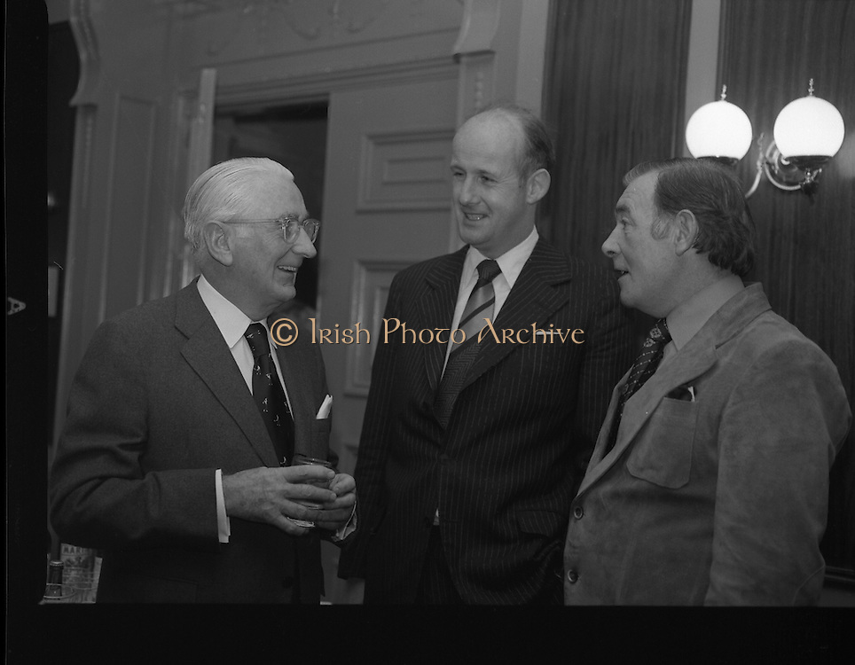 09/12/1977.12/09/1977.9th December 1977.The press conference at the Gresham Hotel for the World Golf Tournament to be held in Waterville, Co. Kerry.Pictured from left to right Mr John A Mulcahy, Mr David Kennedy, Chief Executive of Aer Lingus and Christy O'Connor chatting at the press conference.