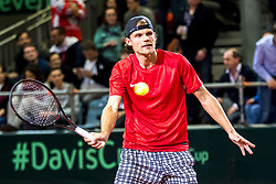 02.02.2018, VAZ, St. Pölten, AUT, Davis Cup, Österreich vs Weissrussland, Europa-Afrika-Zone, 1. Runde, im Bild Dzmitry Zhyrmont (BLR) am Freitag, 02. Februar 2018, während seines Spiels gegen Dominic Thiem (AUT) // Dzmitry Zhyrmont of Belarus during the Davis Cup - Europe - African zone - 1st Round between Austria and Belarus at the VAZ in St. Pölten, Austria on 2018/02/02. EXPA Pictures © 2018, PhotoCredit: EXPA/ Sebastian Pucher