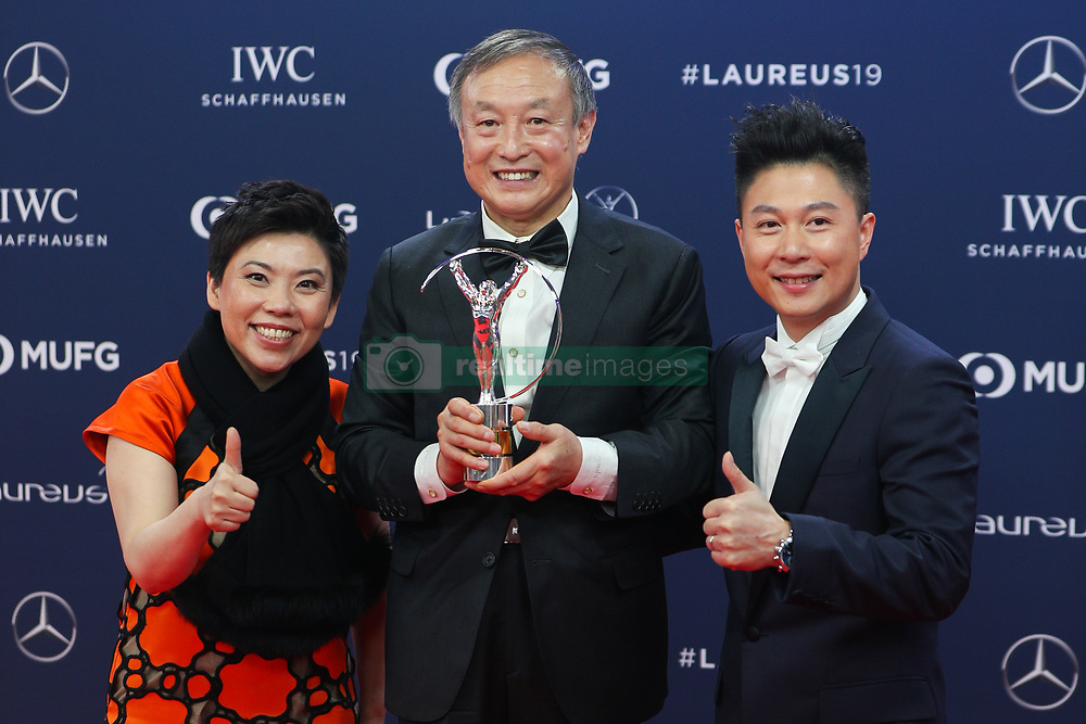 """2019?2?19?.    ????2019??????????????????.    2?18?????????????????????????????????????????????????.    ???2019????????????????""""????""""??????.    ?????????..SP-MONACO-WORLD SPORTS AWARDS-UNVEIL.Chinese climber Xia Boyu (C) shows the trophy with Laureus Academy members Deng Yaping (L) and Li Xiaopeng after winning the Laureus Sporting Moment of the Year at the 2019 Laureus World Sports Awards ceremony in Monaco, Feb. 18, 2019. The 2019 Laureus World Sports Awards were unveiled in Monaco on Monday. (Credit Image: © Zheng Huansong/Xinhua via ZUMA Wire)"""