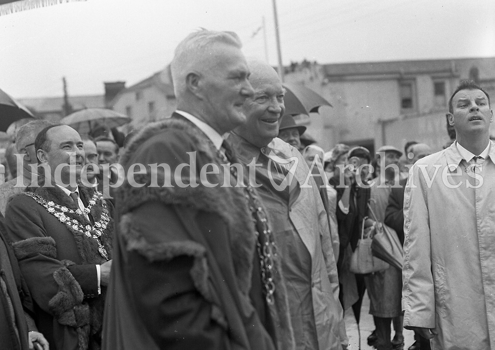 Mr P Kinsella, The Mayor of Wexford J Cullimore &amp; Mayor of Waterford J Griffin, 23/08/1962.<br />  R3321,  <br /> (Part of the Independent Newspapers Ireland/NLI Collection).