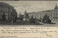 Akademički trg = Place de l'Académie : Zagreb (Croatie). <br /> <br /> ImpresumZagreb : Naklada Jul. Hühna, [prije 1905].<br /> Materijalni opis1 razglednica : tisak ; 9 x 13,8 cm.<br /> NakladnikJulije Hühn<br /> Mjesto izdavanjaZagreb<br /> Vrstavizualna građa • razglednice<br /> ZbirkaZbirka razglednica • Grafička zbirka NSK<br /> Formatimage/jpeg<br /> PredmetZagreb –– Trg Josipa Jurja Strossmayera<br /> Jezikhrvatski<br /> SignaturaRZG-STRG-1<br /> Obuhvat(vremenski)20. stoljeće<br /> NapomenaRazglednica je putovala 1905. godine. • Poleđina razglednice je namijenjena samo za adresu.<br /> PravaJavno dobro<br /> Identifikatori000952299<br /> NBN.HRNBN: urn:nbn:hr:238:921116 <br /> <br /> Izvor: Digitalne zbirke Nacionalne i sveučilišne knjižnice u Zagrebu
