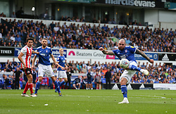 James Norwood of Ipswich Town shoots - Mandatory by-line: Arron Gent/JMP - 10/08/2019 - FOOTBALL - Portman Road - Ipswich, England - Ipswich Town v Sunderland - Sky Bet League One