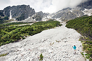 Below the Hochkönig. Hiking from Arthurhaus to Erichhutte, Salzburger Almenweg, Salzburgerland, Austria © Rudolf Abraham