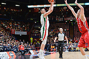 DESCRIZIONE : Beko Final Eight Coppa Italia 2016 Serie A Final8 Finale Olimpia EA7 Emporio Armani Milano - Sidigas Scandone Avellino<br /> GIOCATORE : Benas Veikalas<br /> CATEGORIA : Tiro Tre Punti Three Point<br /> SQUADRA : Sidigas Scandone Avellino<br /> EVENTO : Beko Final Eight Coppa Italia 2016<br /> GARA : Finale Olimpia EA7 Emporio Armani Milano - Sidigas Scandone Avellino<br /> DATA : 21/02/2016<br /> SPORT : Pallacanestro <br /> AUTORE : Agenzia Ciamillo-Castoria/L.Canu
