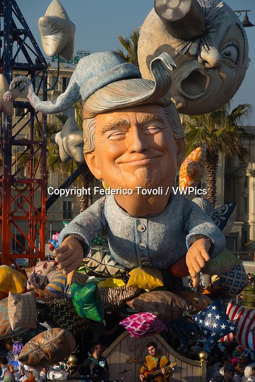 Luca Bertozzi. The Carriage dedicated to Donald Trump during the parade