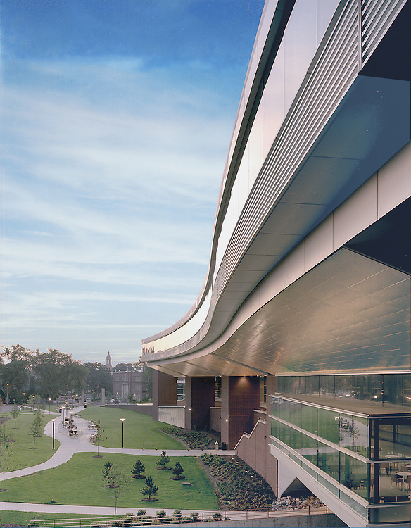 To realize the highly complex geometry of the soffit of the School of Information Sciences and Technology at Penn State University, State College, PA, each panel had to be uniquely calculated to curve in two dimensions.  Using computer-numerically controlled forming equipment, Ceilings Plus fabricated the curvatures to tolerances measured in thousandths of an inch.