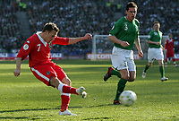 Photo: Paul Thomas.<br />Republic of Ireland v Wales. European Championships 2008 Qualifying. 24/03/2007.<br /><br />Craig Bellamy (L) of Wales shoots for goal.