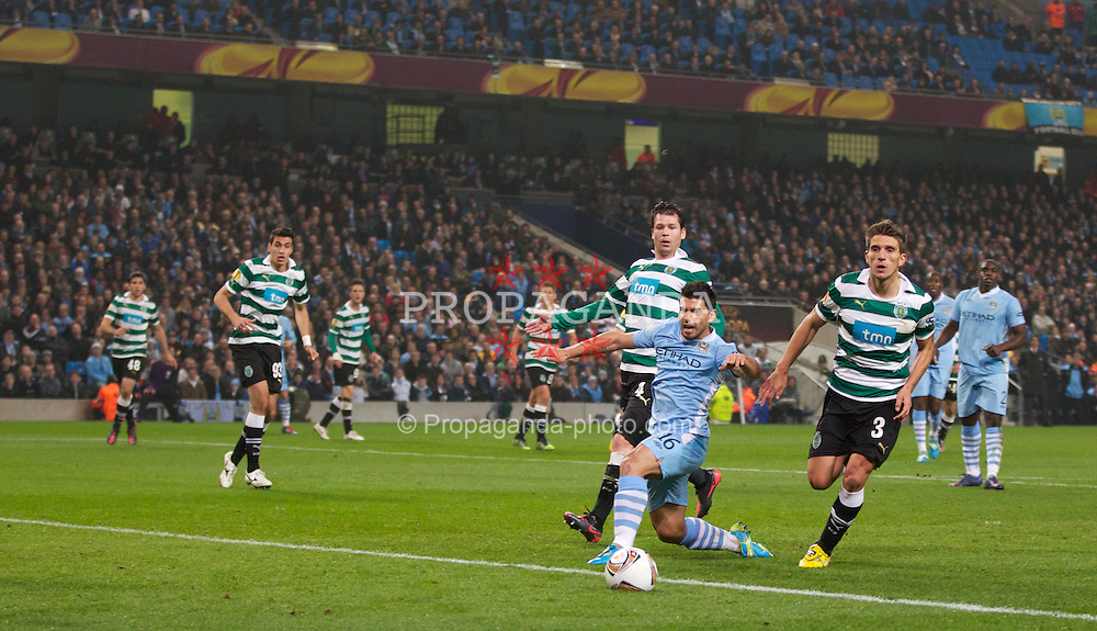 MANCHESTER, ENGLAND - Thursday, March 15, 2012: Manchester City's Sergio Aguero in action against Sporting Clube de Portugal during the UEFA Europa League Round of 16 2nd Leg match at City of Manchester Stadium. (Pic by Vegard Grott/Propaganda)