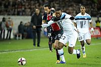 FOOTBALL - FRENCH CHAMPIONSHIP 2011/2012 - L1 - PARIS SAINT GERMAIN v LILLE OSC  - 18/12/2011 - PHOTO JEAN MARIE HERVIO / REGAMEDIA / DPPI - NENE (PSG) / AURELIEN CHEDJOU (LOSC)