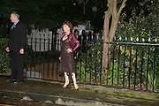 ESTHER RANTZEN, Sir David and Lady Carina Frost annual summer party, Carlyle Sq. London. 5 July 2007  -DO NOT ARCHIVE-© Copyright Photograph by Dafydd Jones. 248 Clapham Rd. London SW9 0PZ. Tel 0207 820 0771. www.dafjones.com.